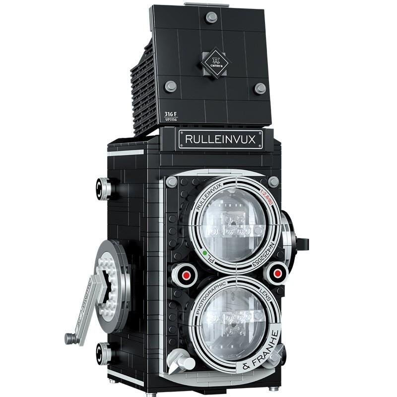 39.9 - Συναρμολογούμενο Μοντέλο Κάμερας Αντίκας Rulleinvux 316F UP3156